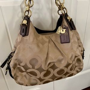 Coach Signature G1082-15757 Hobo Bag